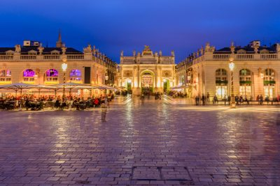 85090003 - located in the center of nancy. the square is part of unesco world heritage and was developed in the eighteenth century. it has monument to golden gates and exceptional beautiful buildings such as the city hall 'hôtel de ville', the museum of fine arts, t